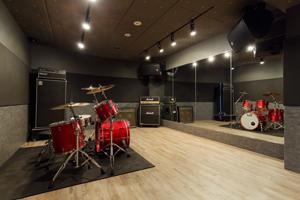 シム・アシムサウンドスタジオ